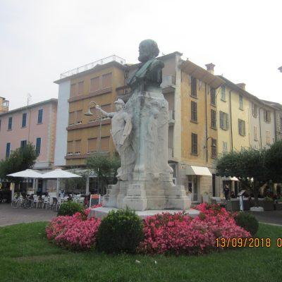 Piazza Iseo